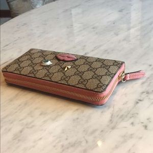 Circus addition Gucci wallet